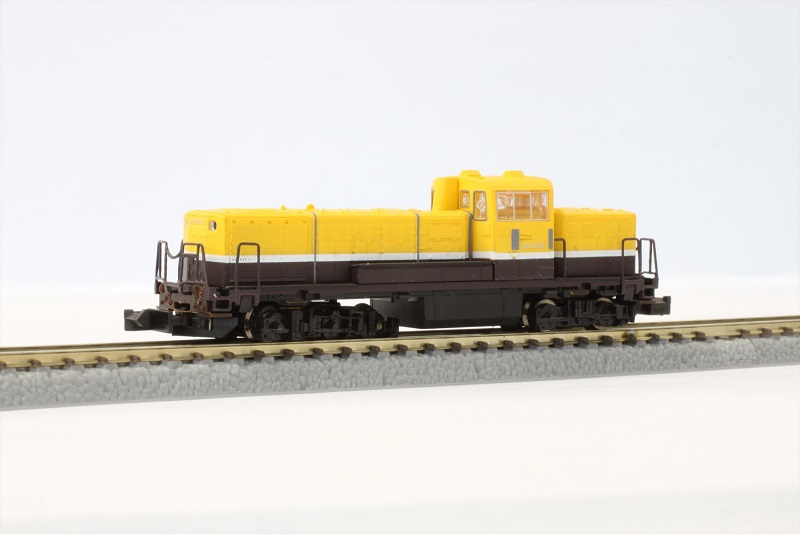 T012-2 DE10 A寒地型 ノスタルジックビュートレイン色